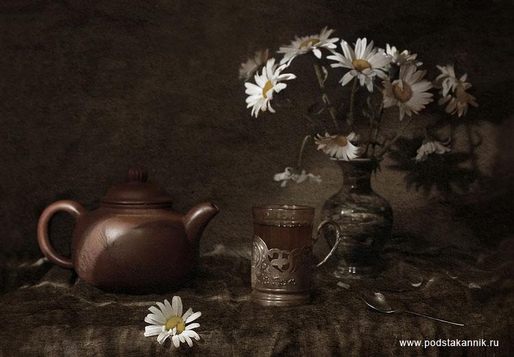 Подстаканник ромахи и чай